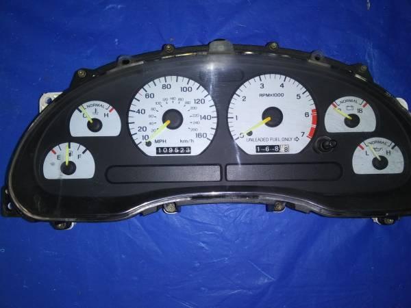 Photo 94-95 SVT Cobra Mustang Speedometer - $250 (Kodak)