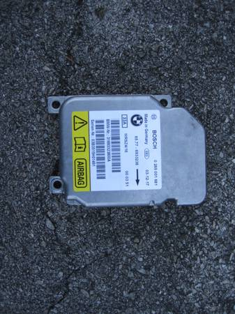 Photo Air Bag Module for 2004 BMW 330CI - $100 (Knoxville)