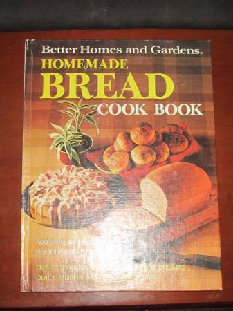 Photo Cookbook Better Homes and Gardens - Bread 1973 - $4 (Knoxville)