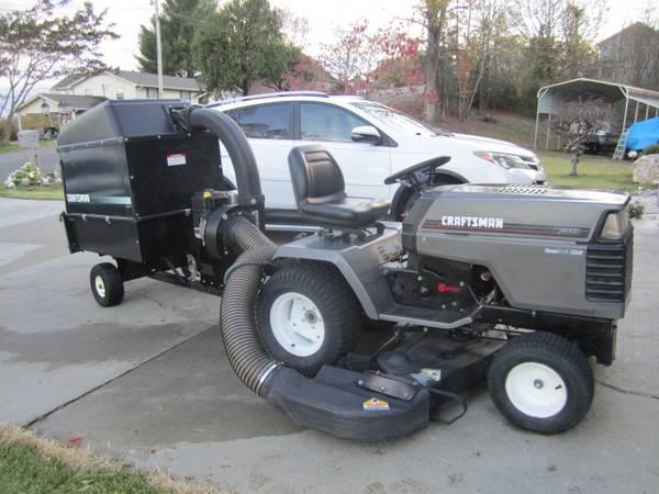 Photo Craftsman GT6000 and Craftsman 8HP Yard Vacuum-Nice - $1,600 (Clinton)