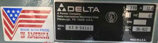 Photo Delta 10quot Unisaw Table Saw - $1,800