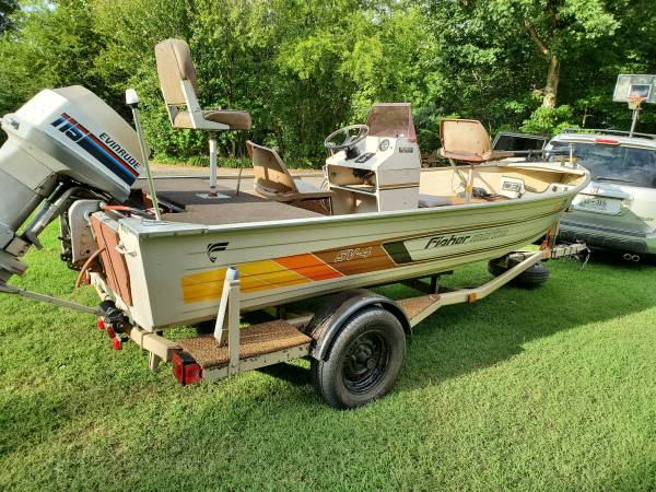 Photo Fisher aluminum center console boat sell,trade - $4,500 (Lenoir City)