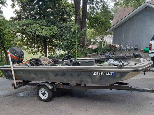 Photo Fishing boat for sale - $2800