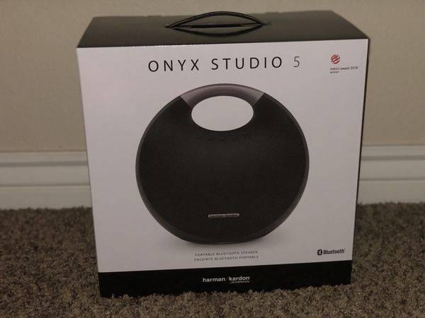 Photo Harman Kardon Onyx Studio 5 - $140 (Knoxville)