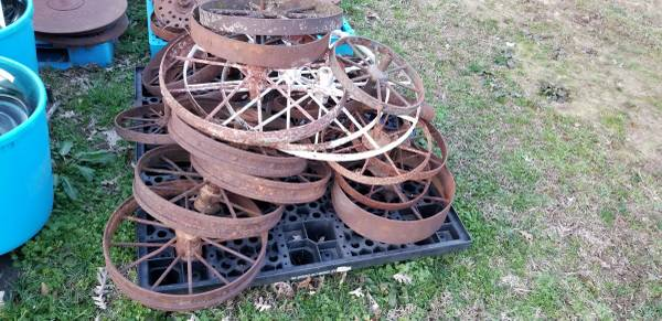 Photo Horse Drawn Antique Fram Equipment Steel Wheels $25 - $25 (Knoxville)