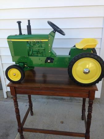 Photo John Deere 4430 Pedal Tractor - $300 (Maryville, TN)