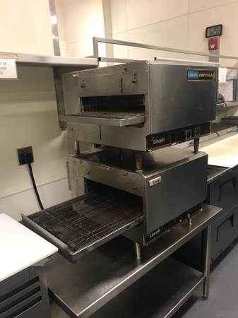 Photo Lincoln 1301 Impinger Conveyor Ovens - $3500 (Downtown)