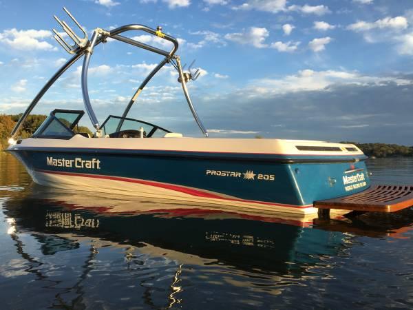 Photo Mastercraft Prostar 205 ski boat wakeboard tower - $18,995 (West Knoxville Northshore Drive)