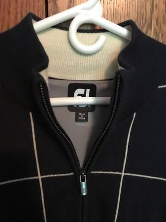 Photo Mens Golf Clothes FJ, Nike, Adidas (Crossville)