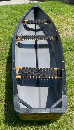 Photo Old Town Discovery Sport canoe-15 foot - $1,200 (Monterey)