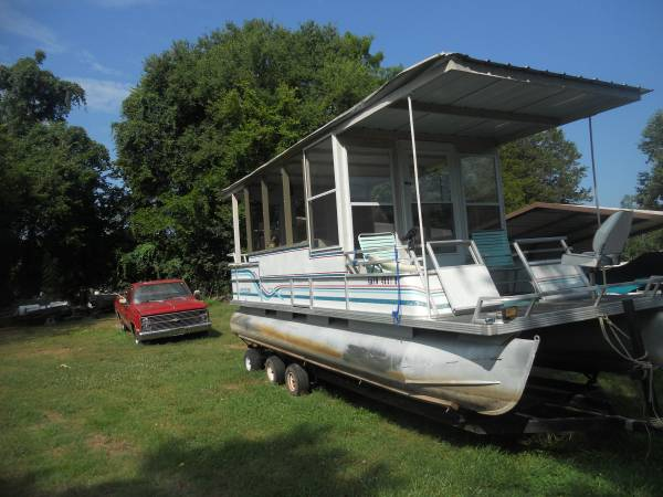 Photo PONTOON HOUSE BOAT(Estate sale) - $8500 (Andersonville)