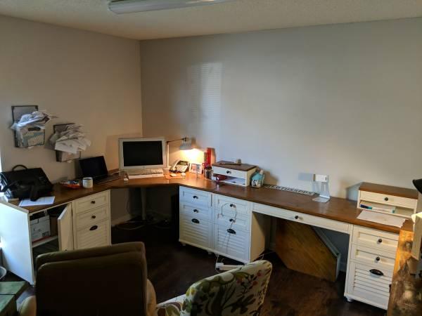 Photo Pottery Barn desk set - $2,000 (Knoxville)