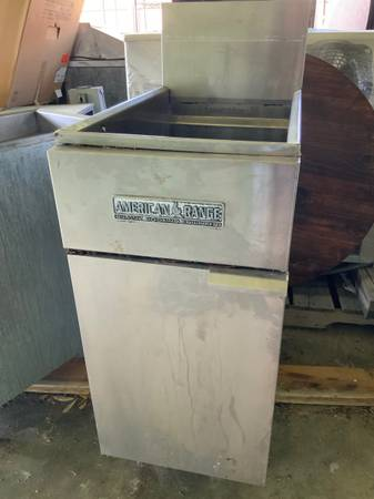 Photo Restaurant American Range Gas Fryer  Frialator Gas Fryer - $300 (Knoxville)