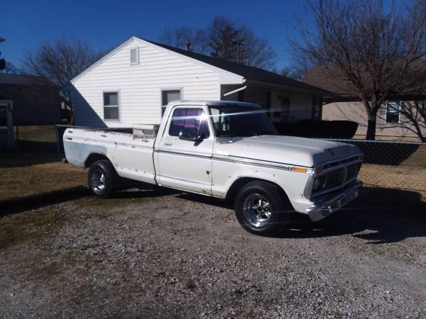 Photo 1977 Ford F-150 XLT Ranger 460 V8 - $3500 (Marion)
