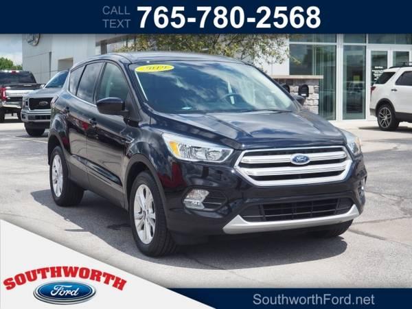 Photo 2019 Ford Escape SE - $21,550 (Ford Escape SUV)