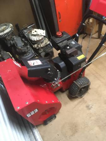 Photo 2 snow blowers and power washer - $200 (Wabash)