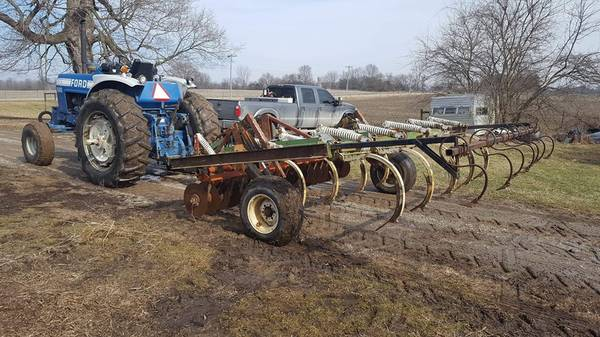 Photo Glencoe SS9 Chisel Plow - $3250 (Kokomo)