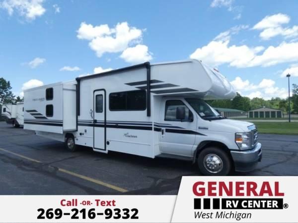 Photo Motor Home Class C 2021 Coachmen RV Freelander 30BH - $113,133 (General RV - West Michigan)