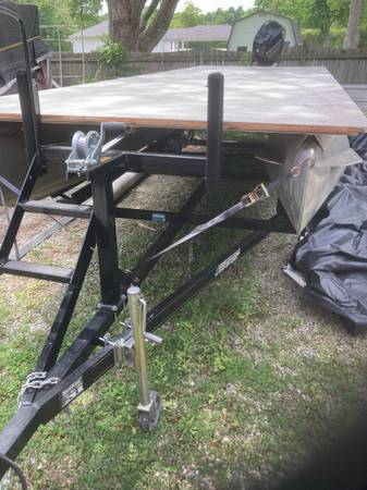 Photo Pontoon boat for sale - $24,000 (Indianapolis)