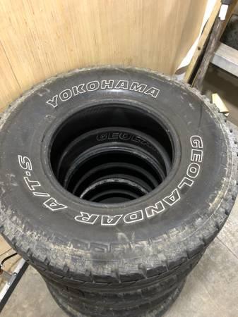 Photo Tires. Set of 4. 31x10.5r15 - $80 (Kokomo)