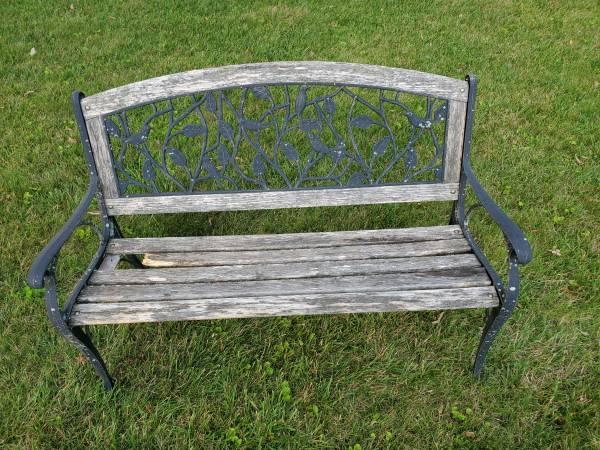 Photo Wood  Wrought Iron Garden Bench - $50 (Marion)