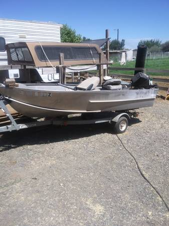 Photo 1968 12ft Hewes Craft Boat - $1,200 (Finley)