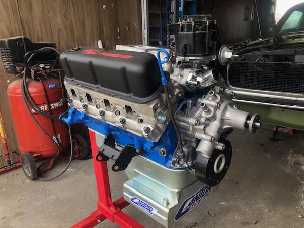 Photo 1969 Ford 302 engine - $4,500 (Stanfield)