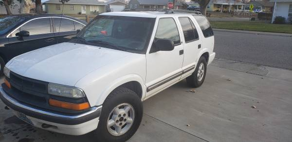 Photo 2000 Chevy Blazer wspare parts - $1,500 (Richland)