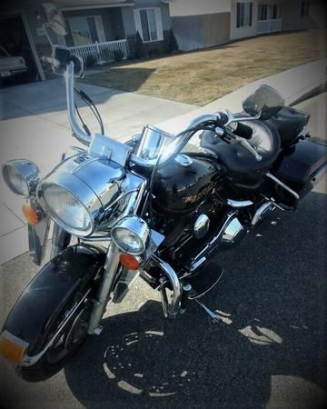 Photo 2000 Harley-Davidson Road King - $7,500 (Pasco)