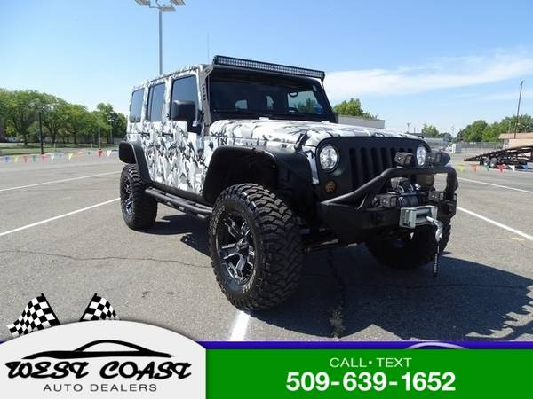 Photo 2011 Jeep Wrangler Unlimited Unlimited Sahara - $24,921 (_Jeep_ _Wrangler Unlimited_ _SUV_)