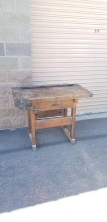 Photo Antique Woodworking Workbench Table Furniture Rustic - $1,499 (Kennewick)
