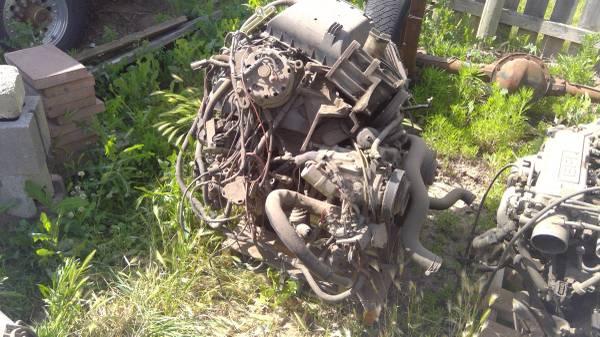 Photo Ford 302 Engine - $450 (Milton Freewater)