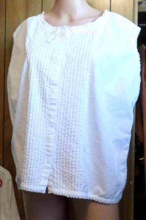 Photo Great Northwest Women White Shirt Button Up Sleeveless Ribbed 3X - $15 (Kennewick)
