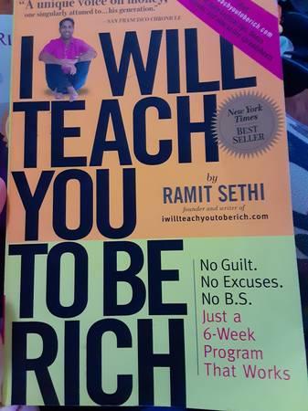 Photo Investingwealth books, rich dad - $5 (Benton city)