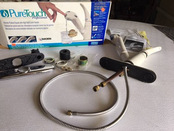 Photo Moen Faucet with Culligan filter in handle - $65 (Kennewick)
