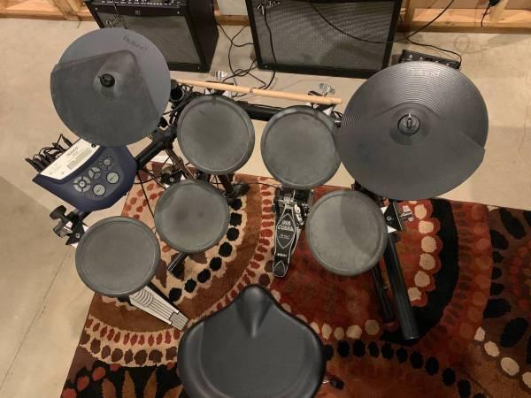 Photo Roland TD-6 VDrums, Drum set - $600 (Walla Walla)