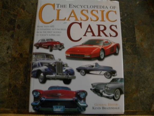 Photo The Ultimate Book on Classic Cars - $20 (Bontia Springs)