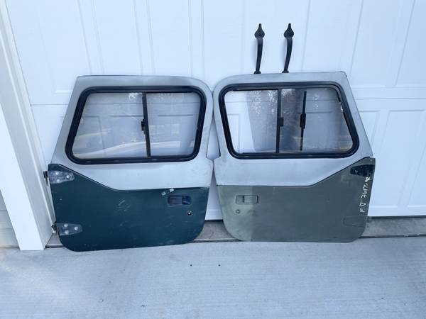 Photo Trade Jeep YJ Half Doors W Uppers (Richland)
