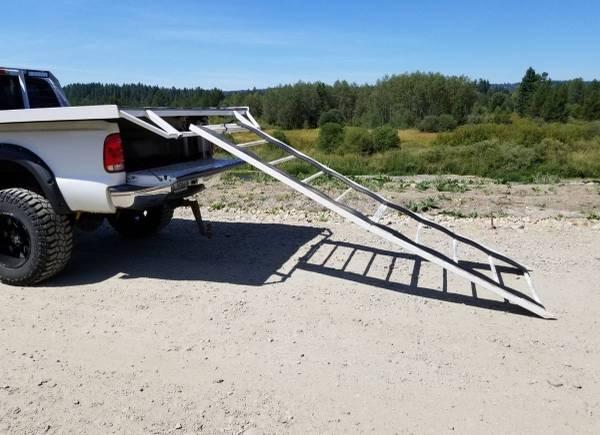 Photo Truck bed sled with headache rack - $2000 (Kennwick)