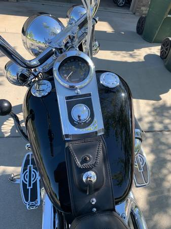 Photo 2002 Heritage Softail - $11,000 (Lincoln)