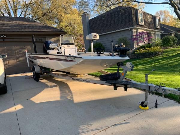 Photo 2018 Ranger RB190 Center Console Fishing bass crappie walleye Boat - $26,500 (Lake Ozark)