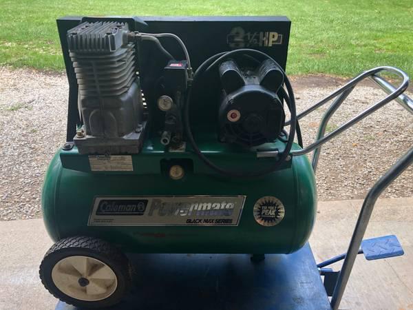 Photo Air Compressor 20 Gal 3.5 HP, 120V - $150 (Just North Of Kearney, MO 64048)