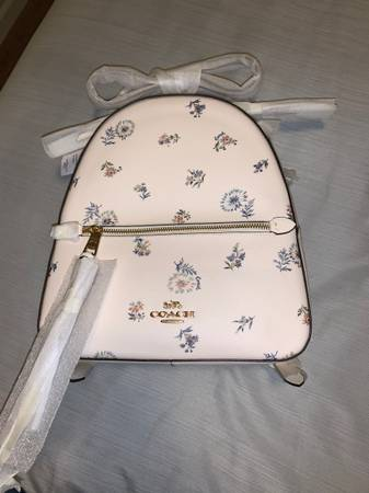 Photo Coach backpack - $180 (Junction city)