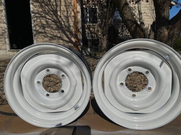 Photo Ford Jeep Dodge 2 rims 15x8 $30 - $30 (Wamego)