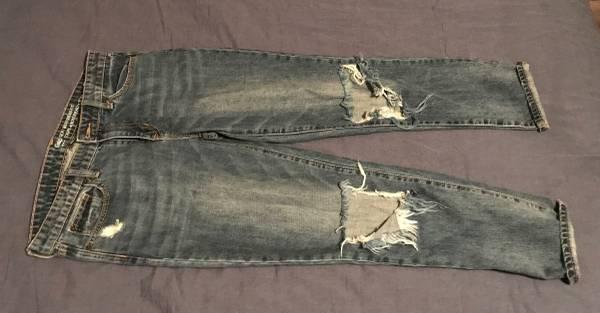 Photo Womens Gap Jeans - $10 (Manhattan)