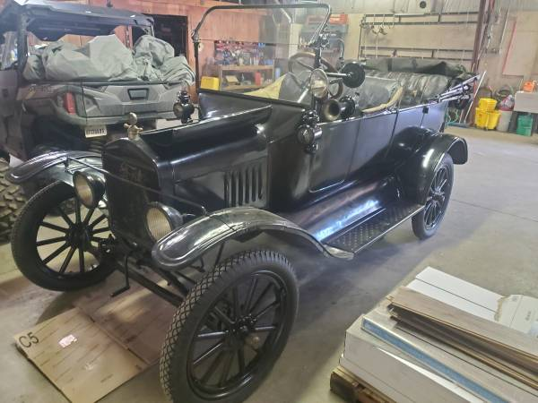 Photo 1922 Ford Model T for sale or trade - $9,000 (1107 Kane Street, La Crosse)