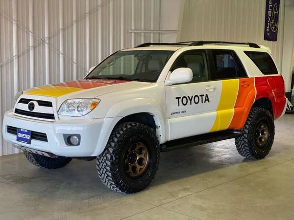 Photo 2006 Toyota 4Runner Limited V6 4WD - Lifted - New WheelsTires - $15,900 (La Crescent)