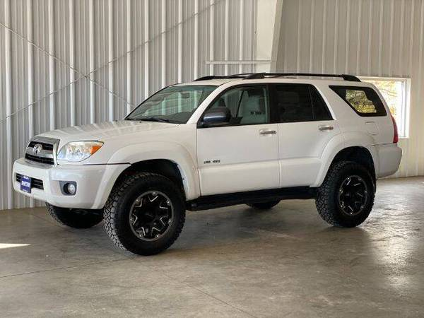 Photo 2007 Toyota 4Runner Sport 4WD V6 - Lifted-Documented Service History - $11,977 (La Crescent)