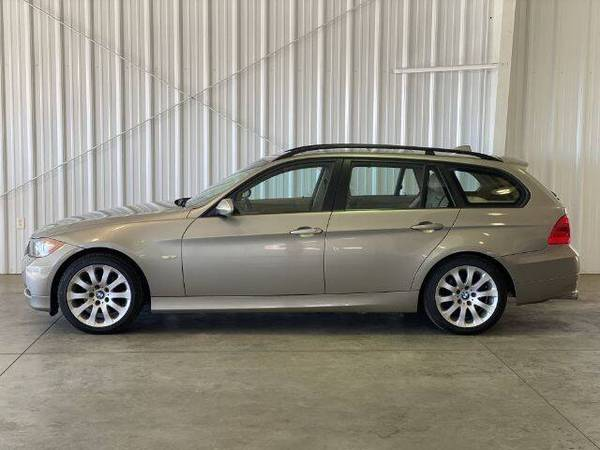 Photo 2008 BMW 328xiT - Wagon - 6-Speed Manual - AWD - Service Records - $9,977 (Dresbach)