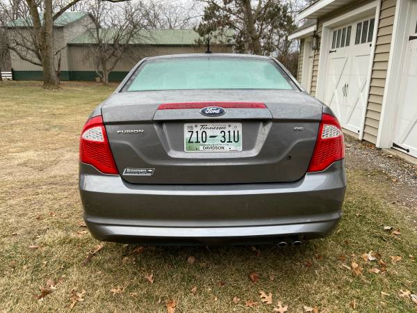 Photo 2012 Ford Fusion SE - $6,300 (Onalaska, WI)